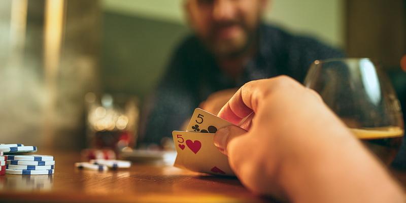 Blefavimas pokeryje
